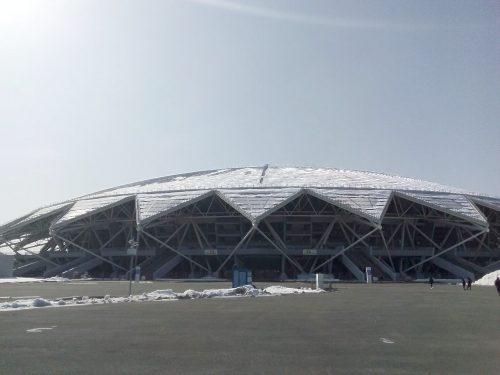 1 марта власти закрыли самарский стадион на ремонт, но 3 апреля вновь открыли спортивное сооружение, заявив, что находится на нём безопасно