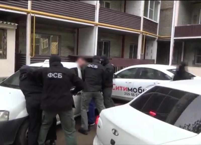 Опубликовано видео задержания террориста, который собирался подорвать военную колонну на параде 9 Мая