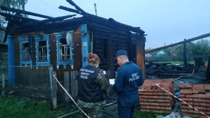 В Удмуртии заживо сгорели двое взрослых и четверо детей