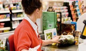 Эксперт назвала самые популярные способы обмана на кассе супермаркета