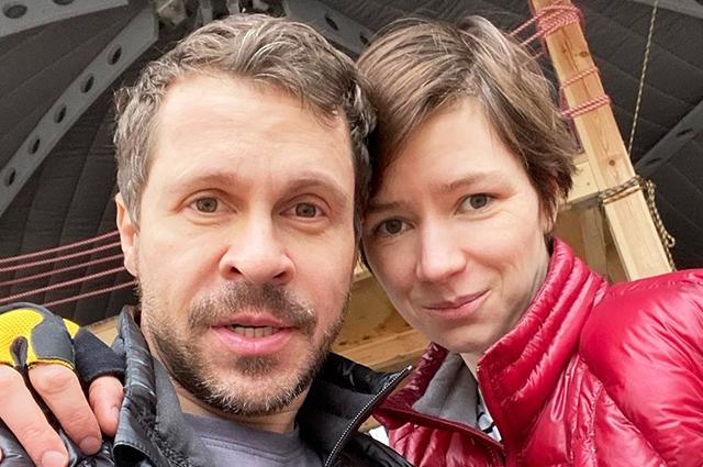 «Мужчина, в принципе, полигамен»: Деревянко признался, что никогда не любил бывшую жену