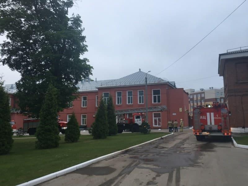 Проводка не выдержала: в рязанской больнице загорелся аппарат ИВЛ, погибли три пациента