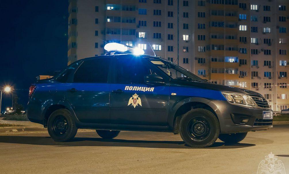 В Подмосковье избили полицейского за «неправильную» парковку у дома
