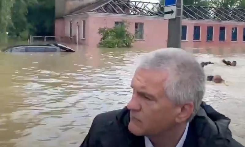 Крым затопило: Керчь ушла под воду после тропического шторма