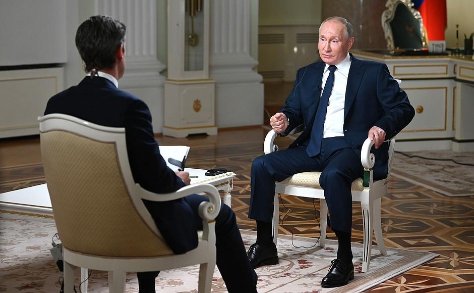 Путин отправил США строчить жалобы в «Международную лигу сексуальных реформ»