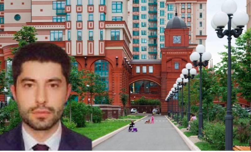 Невменяемый чиновник Минфина бегал по элитному ЖК в Москве и бил припаркованные автомобили