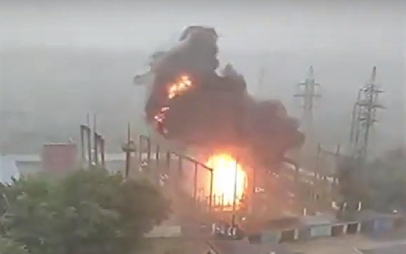 Взрывы, пожары, потопы, обрушения: в Москву пришли долгожданные дожди и прохлада