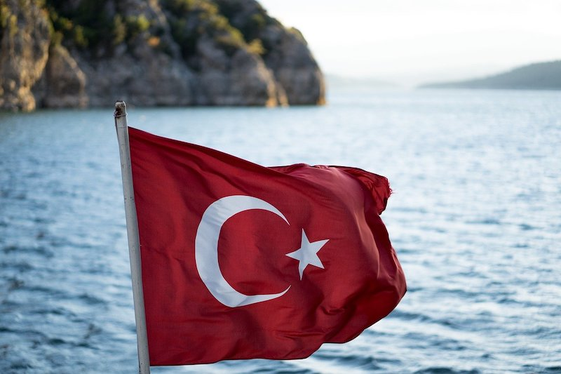 На российских туристах, желающих отдохнуть в Турции, захотели