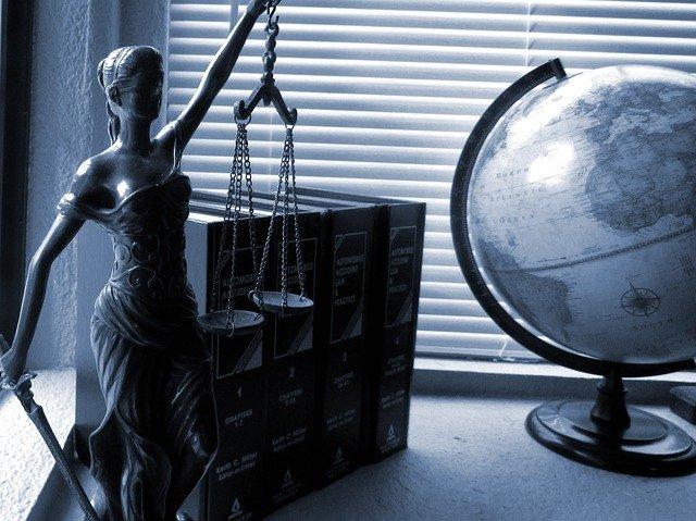 Юристы в Риге. Как правильно выбрать?