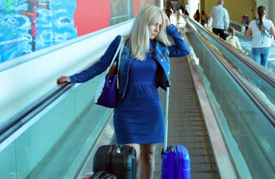 Власти пообещали российским туристам большие проблемы из-за полетов на закрытые курорты