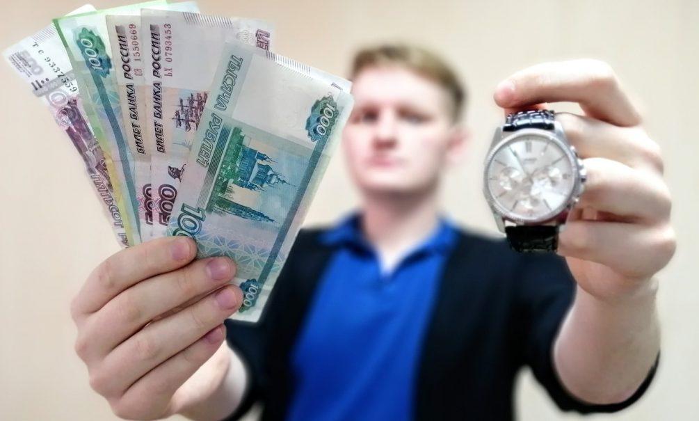 Почему россияне получают меньше сотрудников McDonald's в Америке. И стоит ли ждать зарплат как в Европе?