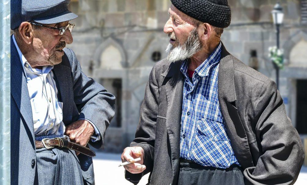 Найден способ сделать мужчин долгожителями. Но они перестанут быть мужчинами