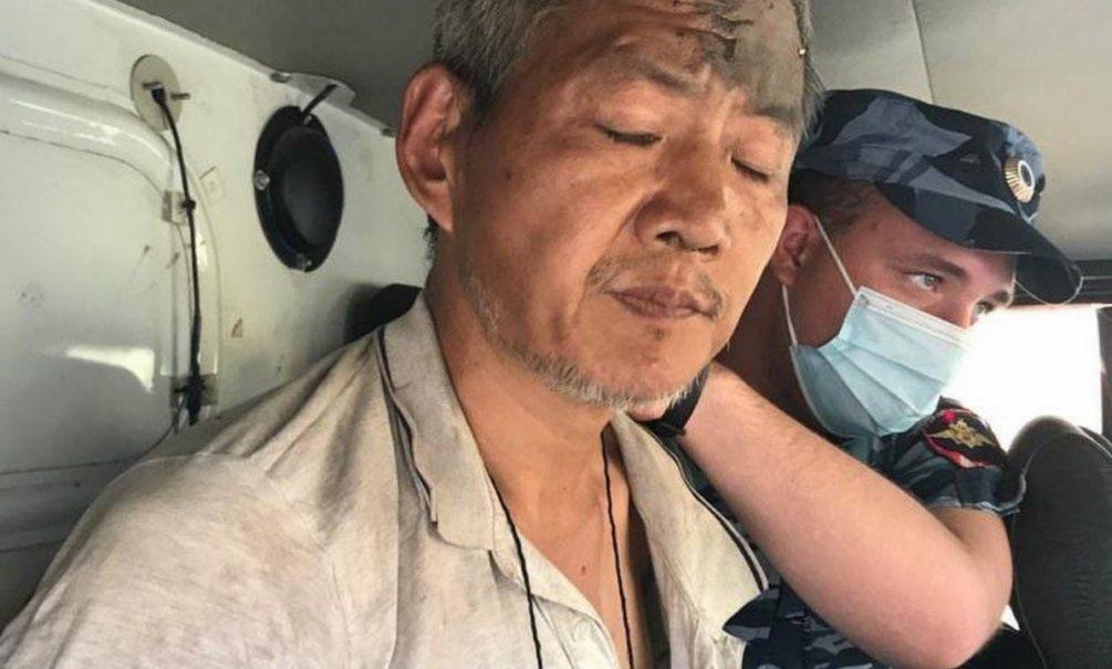 Шизофреника, устроившего резню в ростовском автобусе, поймали на кладбище. Он валит все на демонов и голоса