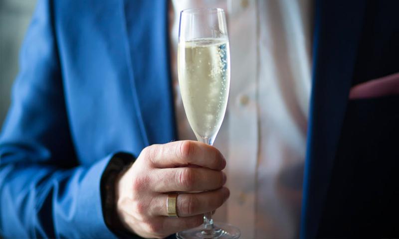 Путин лишил россиян шампанского