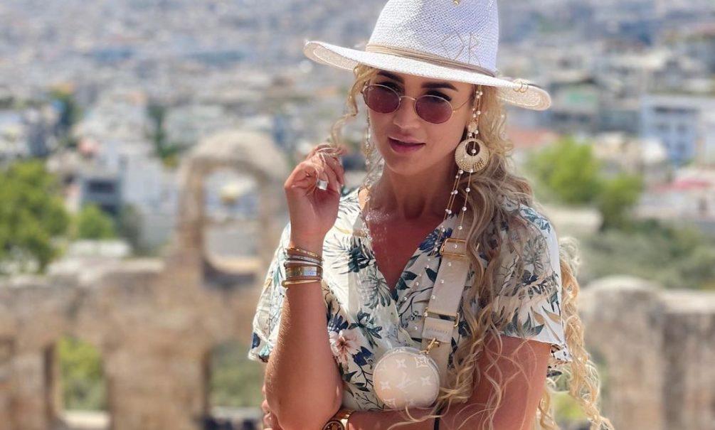 «Голубая крыша!»: Бузова разревелась во время отпуска в Греции