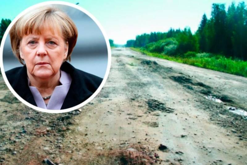 «Абсолютно оправданный гнев»: Кремль поддержал омичей, пожаловавшихся Меркель на свои дороги