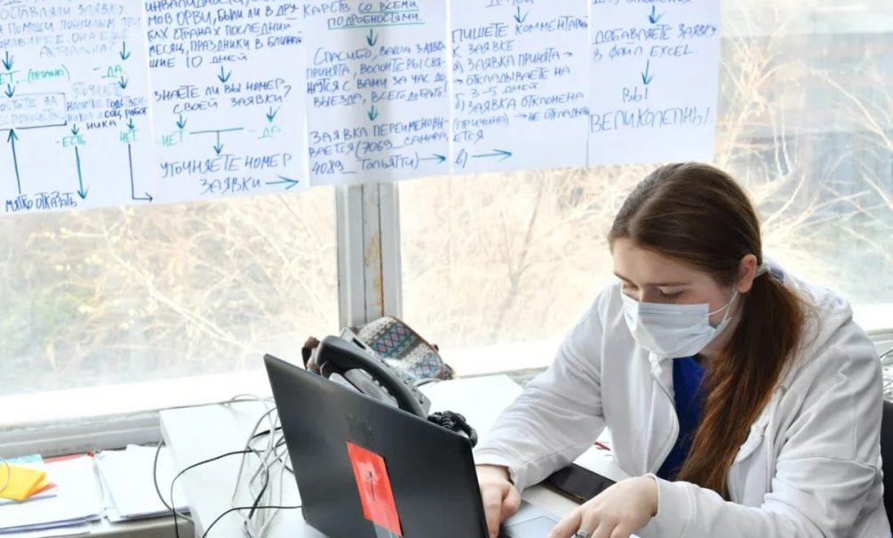 Точку в споре ставит больничная койка: врачи ответили на самые острые аргументы антипрививочников