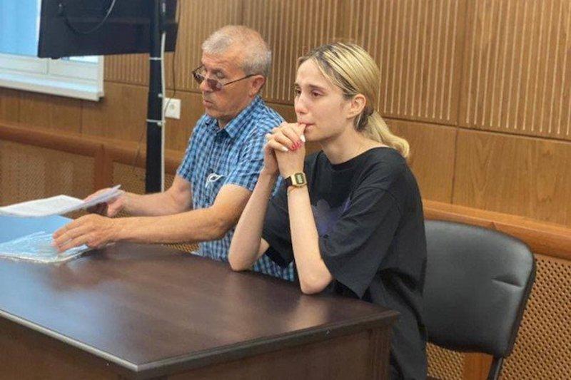 Стояла и рыдала: суд в Москве арестовал сбившую трех детей студентку