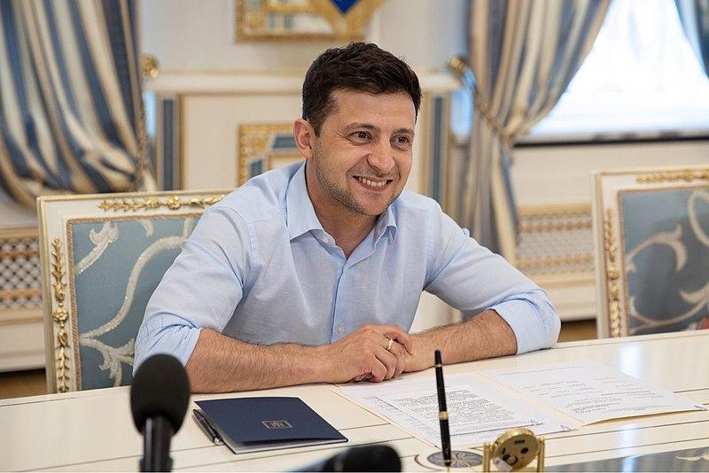 Наконец: Зеленский ответил на статью Путина о единстве русских и украинцев