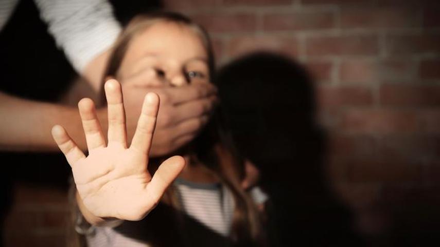 В иркутском интернате подросток насиловал трехлетних малышей. Директор молчала и увольняла жалующийся на изверга персонал