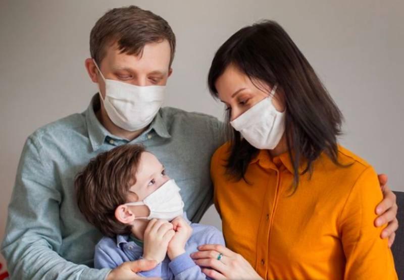 Россиянам будут по-новому оплачивать больничные по уходу за детьми