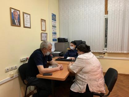 Задержаны сотрудники вагона-ресторана в поезде Мурманск-Адлер, где отравились более 90 детей