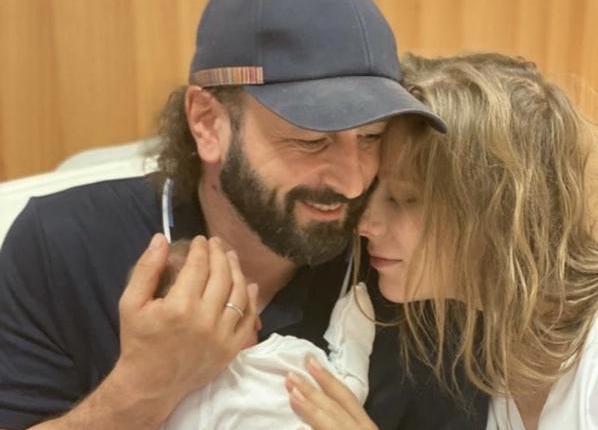 Авербух и Арзамасова опубликовали первое фото новорожденного