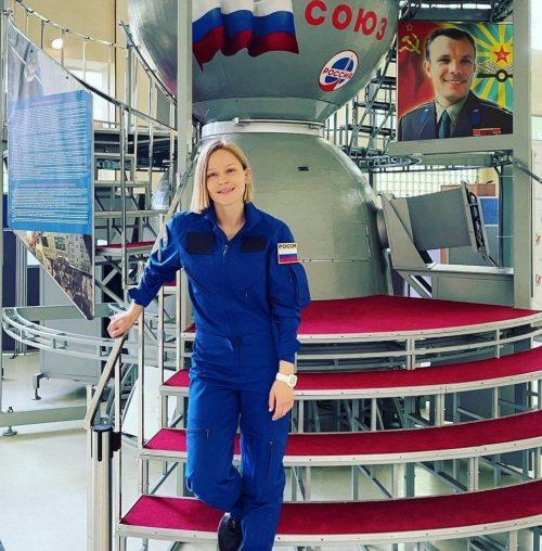 Ушла к миллиардеру: Юлия Пересильд рассталась с 69-летним режиссером Алексеем Учителем