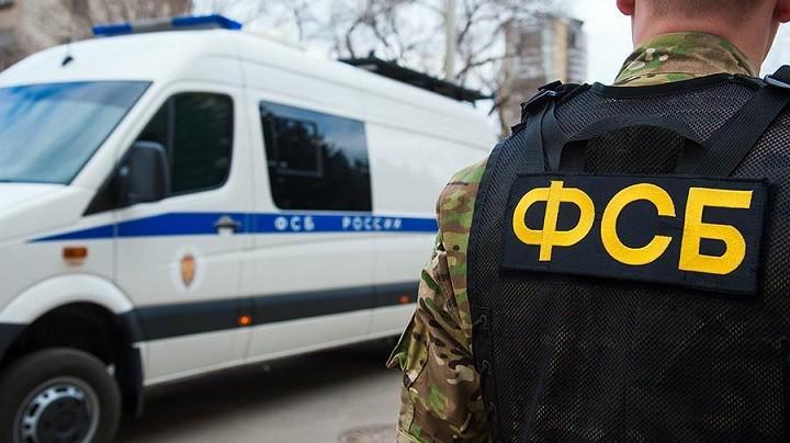 Подполковник ФСБ выманил у бизнесмена 110 млн - брал взятки машинами, жильем и даже канализацией