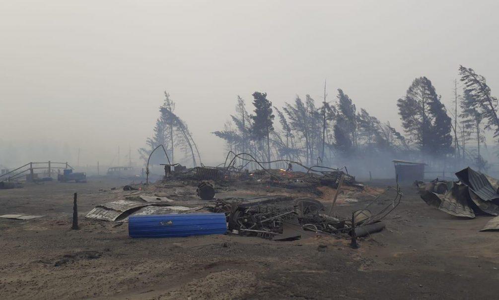 «Везде хаос, иникто незнает, что делать»: жители охваченных пожарами сел Якутии рассказали, что уних сейчас происходит