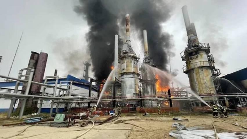 Дефицит газа в России прогнозируют после аварии на заводе