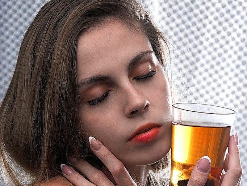 Ученые назвали главную опасность чая в пакетиках: душистые листья не при делах