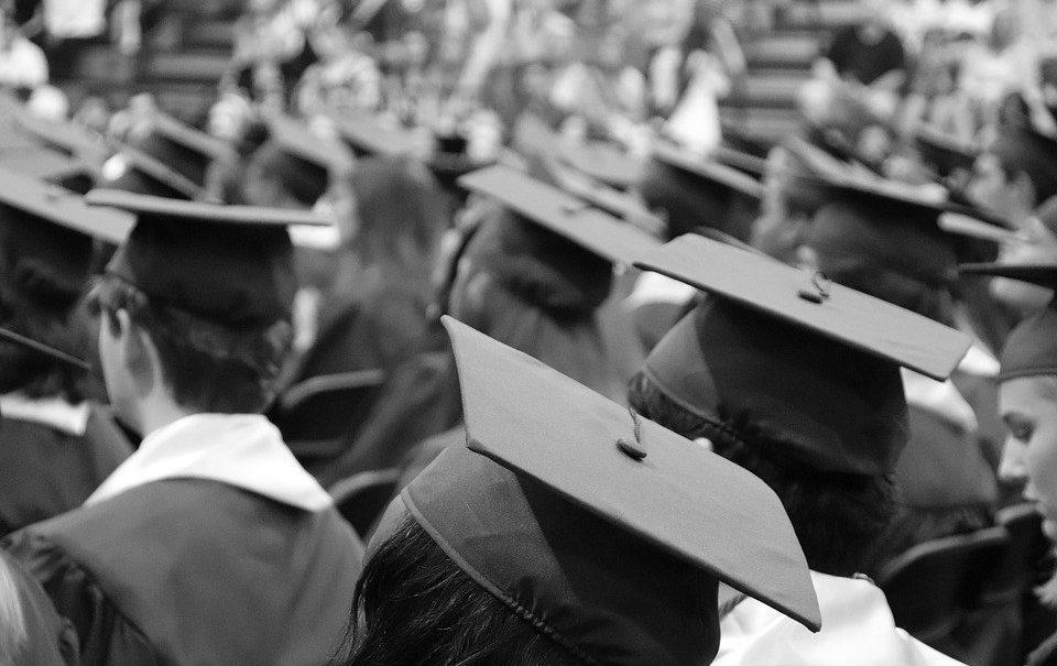 Ректор российского вуза предложил не выдавать дипломы непривитым от COVID-19 студентам