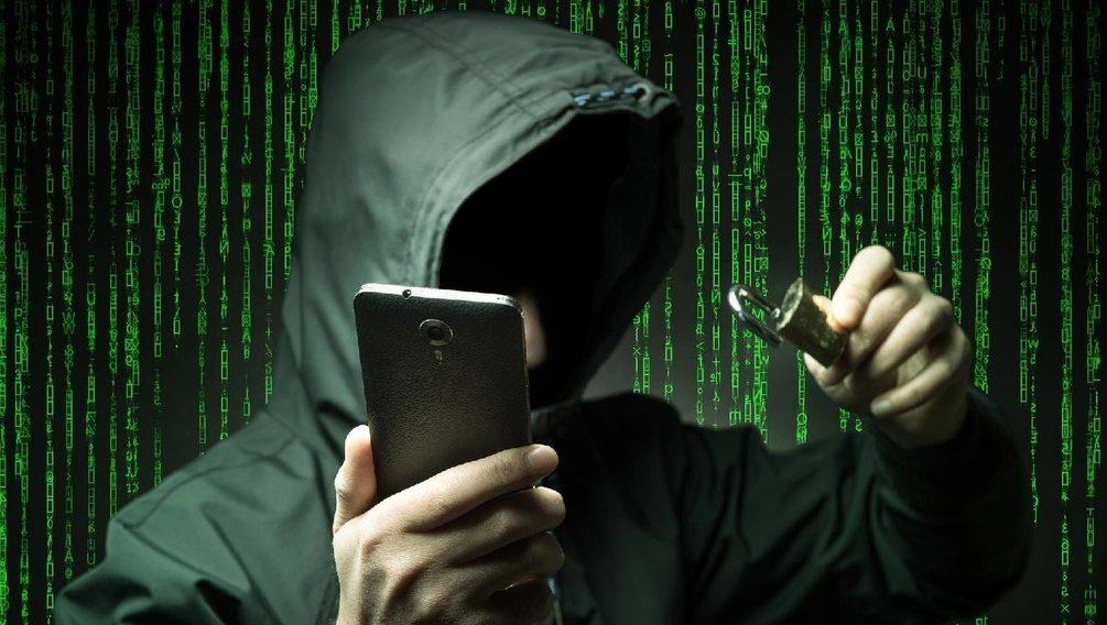 Эксперт рассказал, как злоумышленники получают доступ к данным на смартфоне
