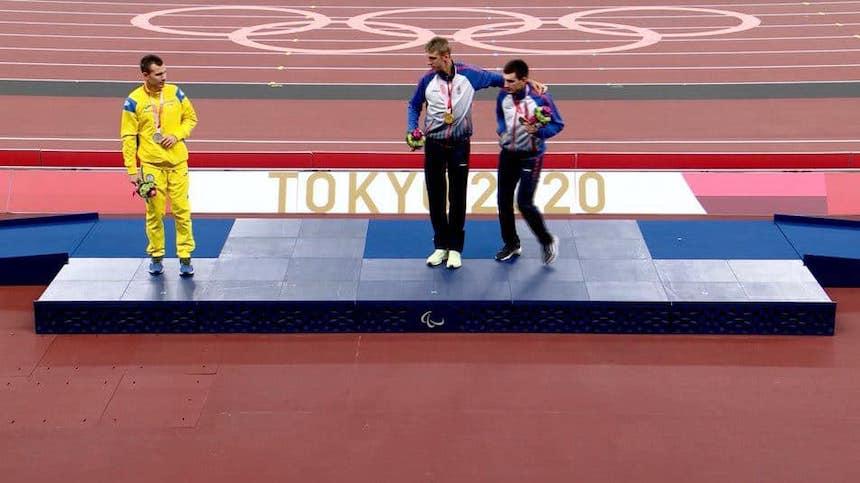 Украинский легкоатлет объяснил, почему отказался фотографироваться с россиянами на Паралимпиаде