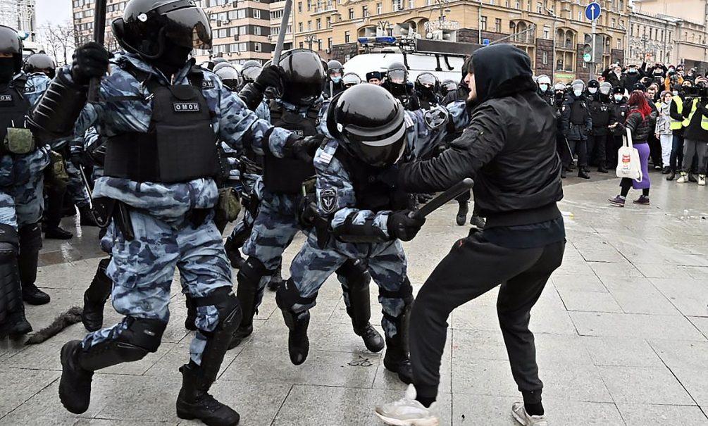 Напавший на росгвардейцев во время акции в Москве Сайд-Мухаммад Джумаев получил 5 лет колонии