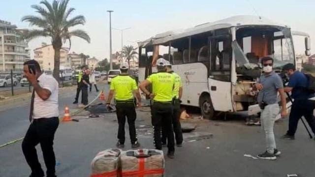 В Турции разбился автобус с российскими туристами, есть погибшие