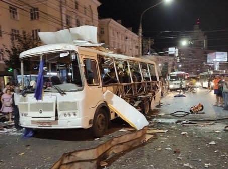 В Воронеже взорвался автобус, одной из пассажирок оторвало ноги
