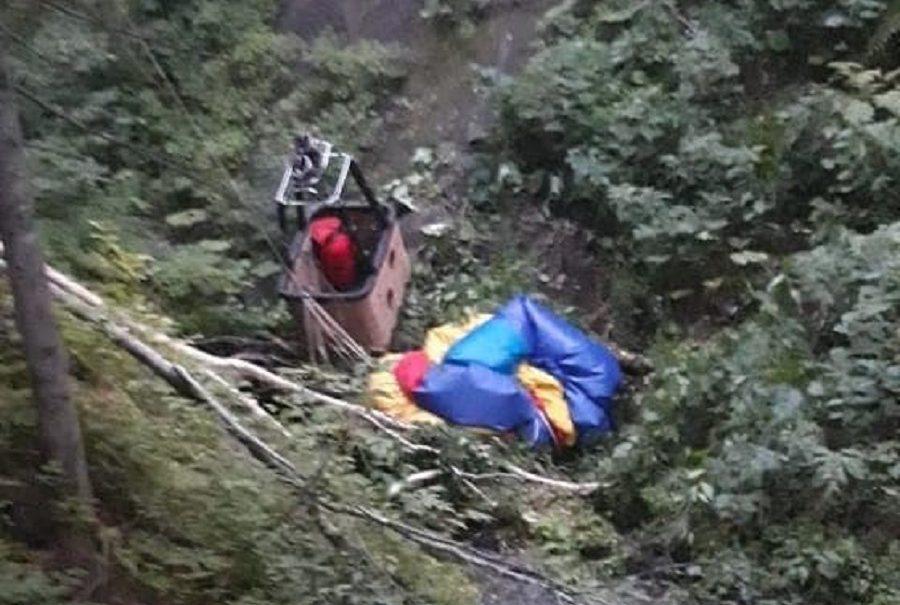 Шли домой пять часов: на Сахалине отца с дочками унесло на воздушном шаре в горы