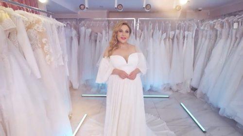 «Захотелось быть кроткой леди»: Марина Федункив выбрала свадебное платье