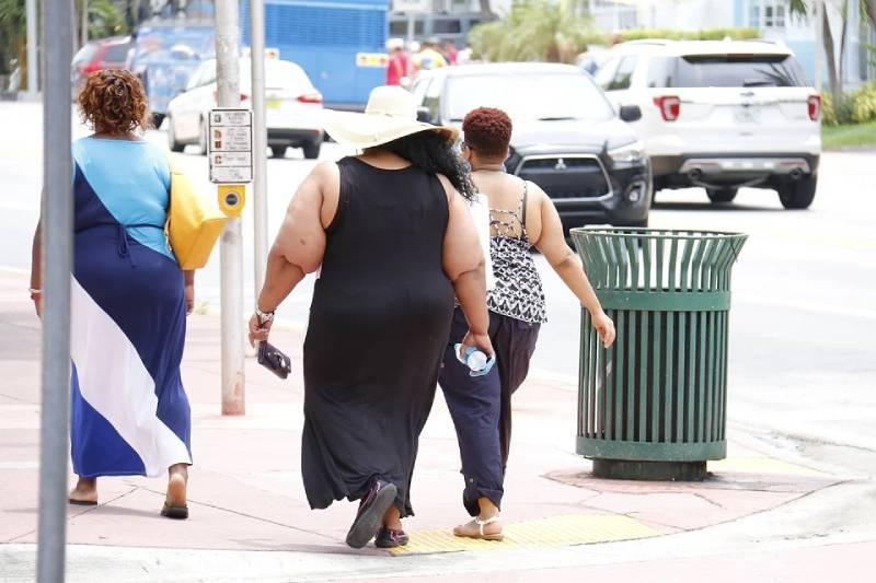 Меняю килограммы на золото: страны, в которых заставляют граждан сбрасывать лишний вес