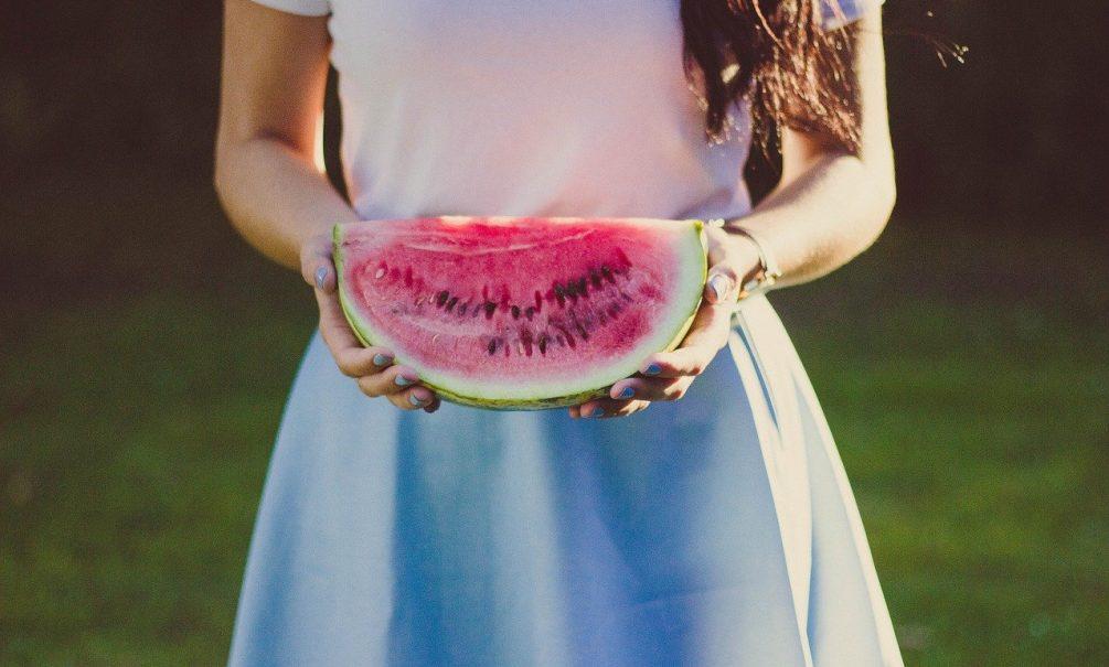 Любовь к арбузам и дыням может привести к раку, предупреждают врачи