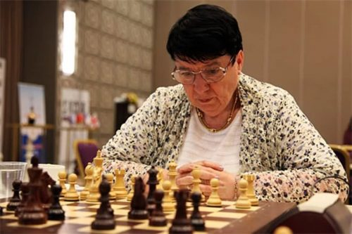Подала в суд на Netflix из-за сериала «Ход королевы» советская шахматистка