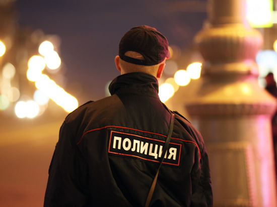 На Урале участкового и его друга-уголовника задержали за изнасилование 12-летней девочки