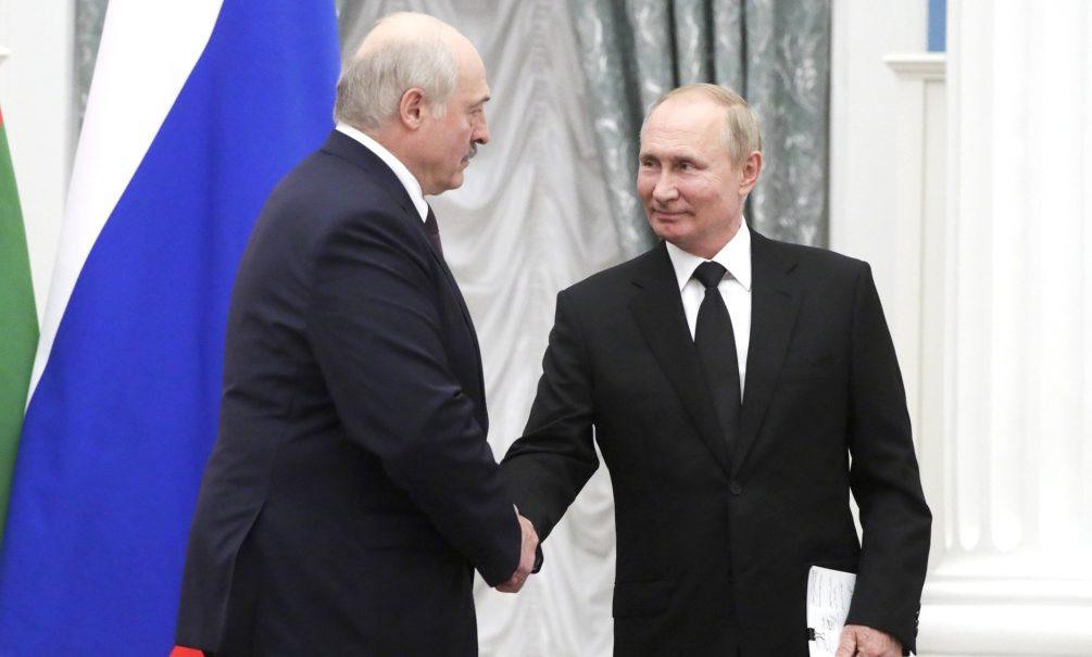 «Кто кого поглотит»: на переговорах Лукашенко развеселил Путина шуткой про интеграцию