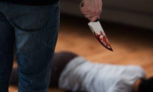 Перерезал горло матери:  16-летний подросток жестоко убил родителей в Москве