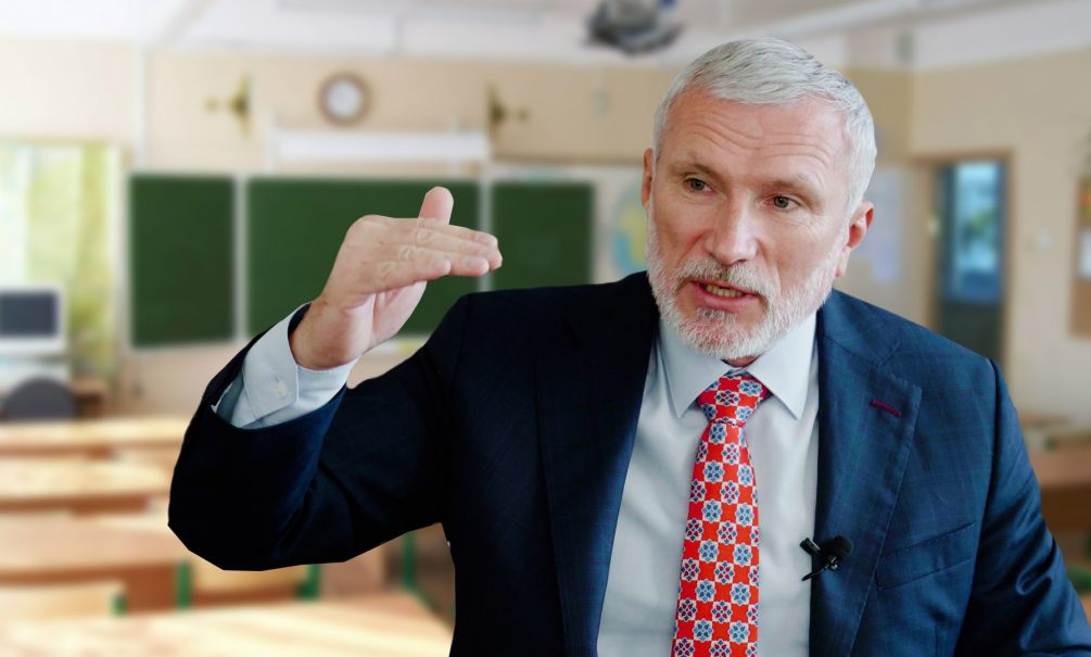 Лидер партии «Родина» Алексей Журавлев потребовал уравнять зарплаты учителей в России