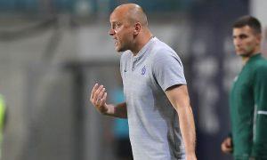 Фамилией не вышел: футбольный тренер Хохлов судится с Facebook из-за блокировки