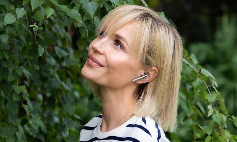 «Всегда отвечаю в саркастической манере»: Полина Гагарина о лжи про трюки в клипе