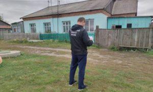 Обезумевший житель Новосибирска зарезал бывшую жену и ее 8-летнюю дочь